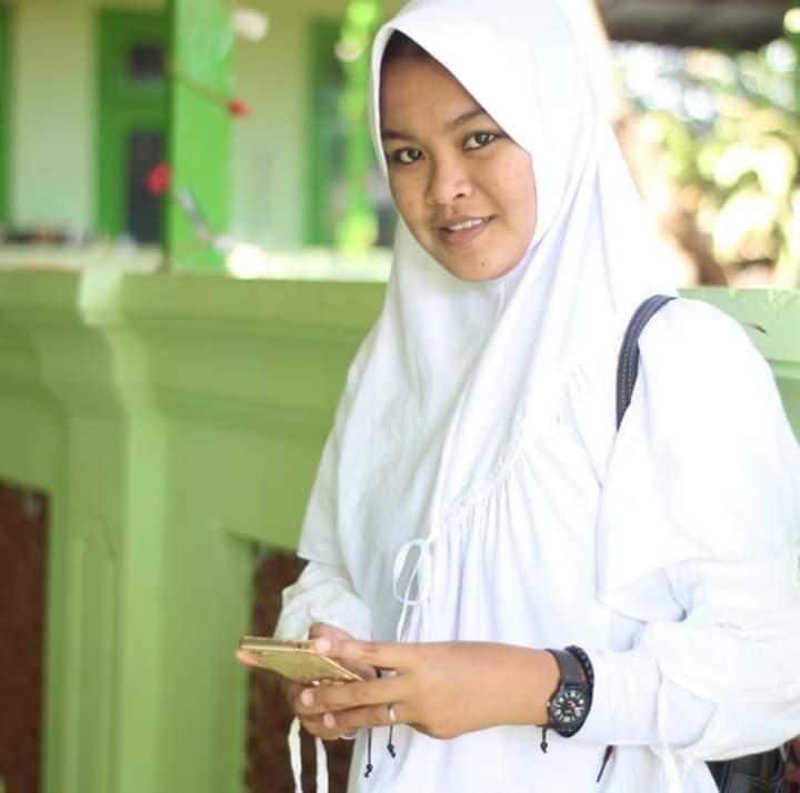 Elmira Damayanti